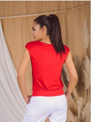 Majica 181Q crvena pozadi