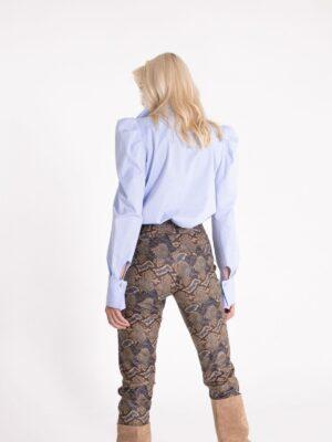 Bluza 310S tufne plave pozadi